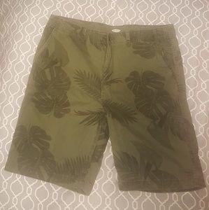 Palm leaf print Old Navy shorts